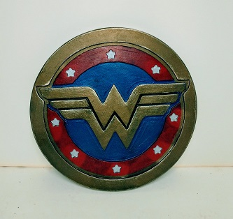 two W's adorn this blue red and gold shield